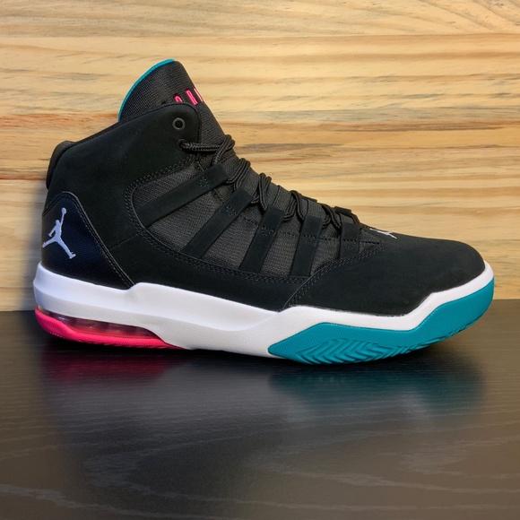 bdac6fa6d93 Nike Air Jordan Max Aura Men s Basketball Shoes